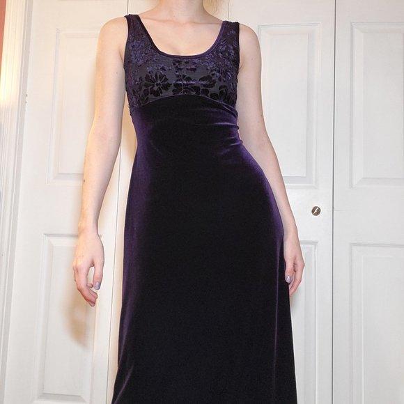 Vintage 90's goth purple roses low back babydoll empire waist velvet maxi dress